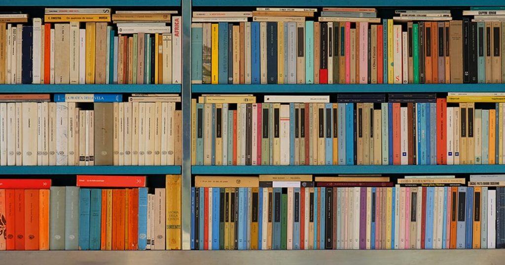 Gør plads i bogreolen - årbogen udkommer